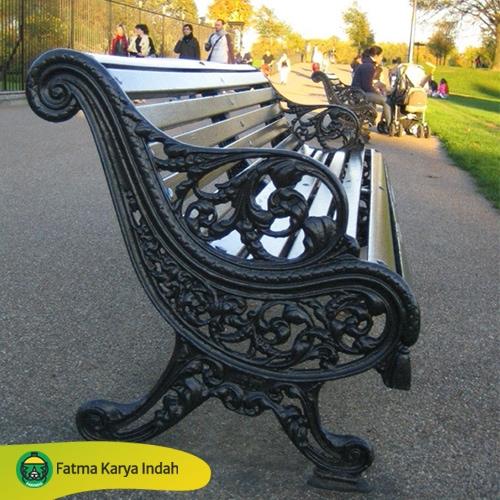 Kursi Taman Kota Antik Cor
