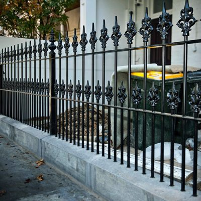 railing pagar besi antik