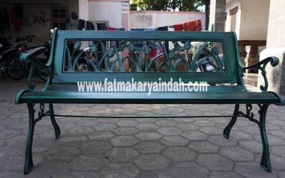 proyek kursi besi cor taman